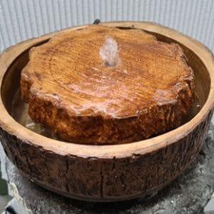 מפל מים ביתי מעץ