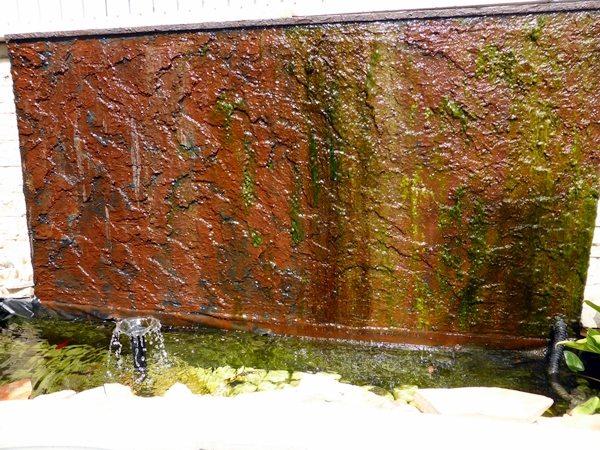 מפל מים לגינה במראה טבעי